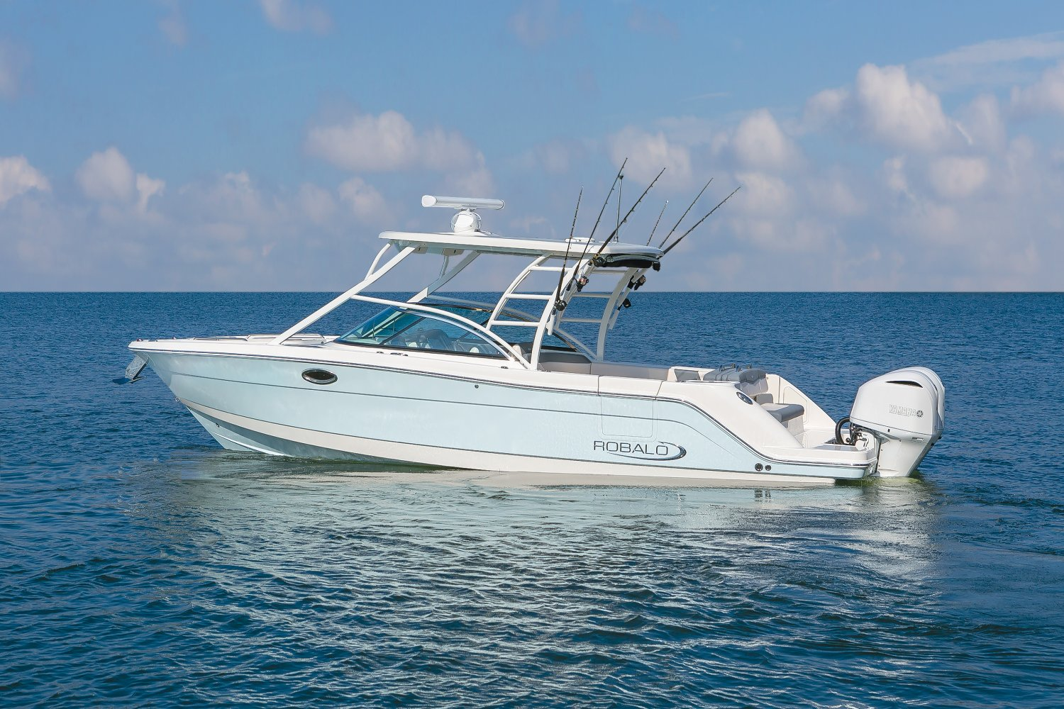 If you are looking to buy a Robalo boat in NJ or MD, Waterfront Marine can help you from start to finish
